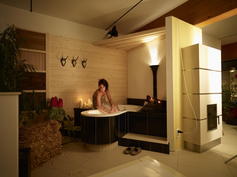 wellness spa ausstellung hilpert fulda dampfbad kachelofen kamin. Black Bedroom Furniture Sets. Home Design Ideas