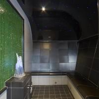 Dampfbad Vexus mit schräg gestellten Wänden