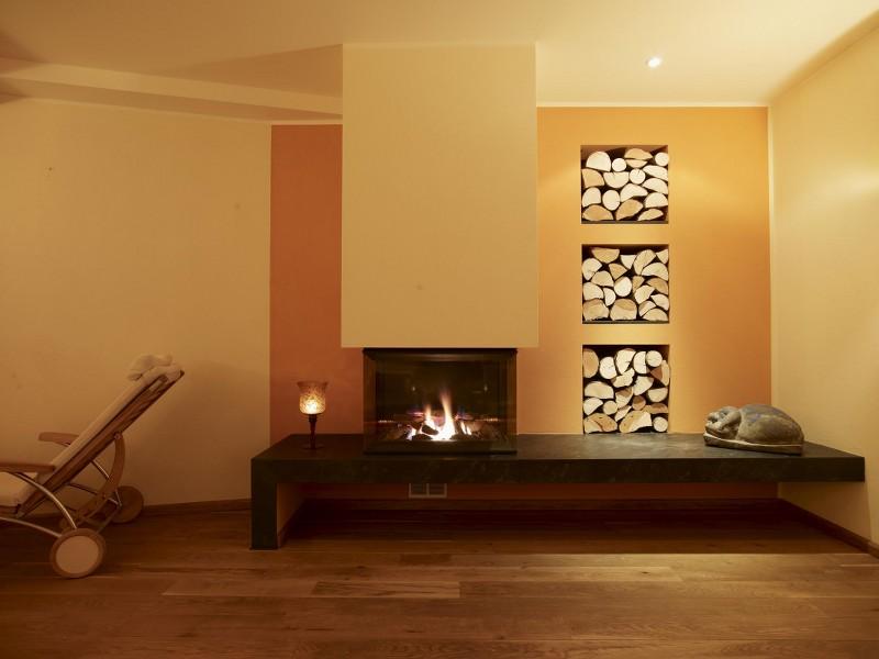 kamin mit sitzbank. Black Bedroom Furniture Sets. Home Design Ideas