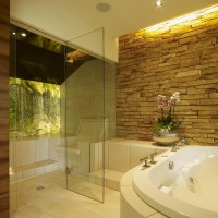 ansprechendes Bad-Design: Wellness-Oase Wohnbad mit Dampfbad und Badewanne
