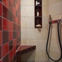 Dusche mit Hilpert-Keramik