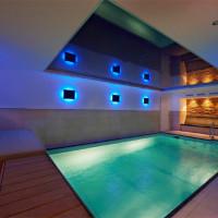 Burg Hotel - Neue Schwimmhalle. schwimmen im modernen Ambiente mit angrenzendem Spa Bereich