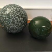 deko-keramikkugeln-garten-croco_schmelzweiß