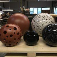 deko-keramikkugeln-leuchtkugeln-garten-innen-outdoor-indoor