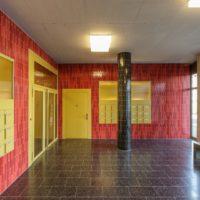 Wandbelag u. Deckenverkleidung im Labitzke Areal Zürich, Architekturkeramik in Treppenhaus und Eingangsbereich. Riemchen mit individueller Glasur als Alternative zu herkömmlichen Fliesen oder Feinsteinzeug.